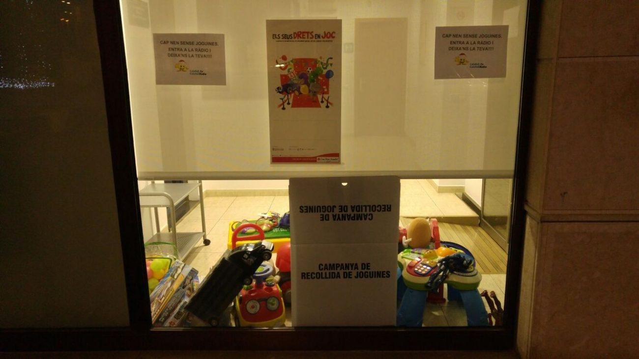 Calafell Ràdio es suma a la campanya de recollida de joguines